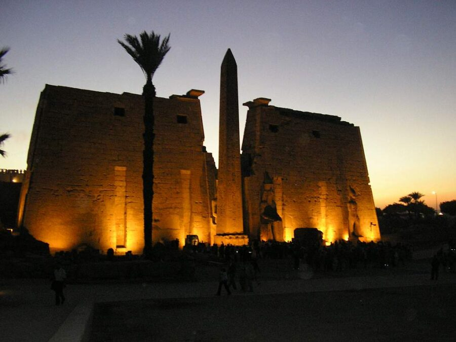 Transfer to Luxor