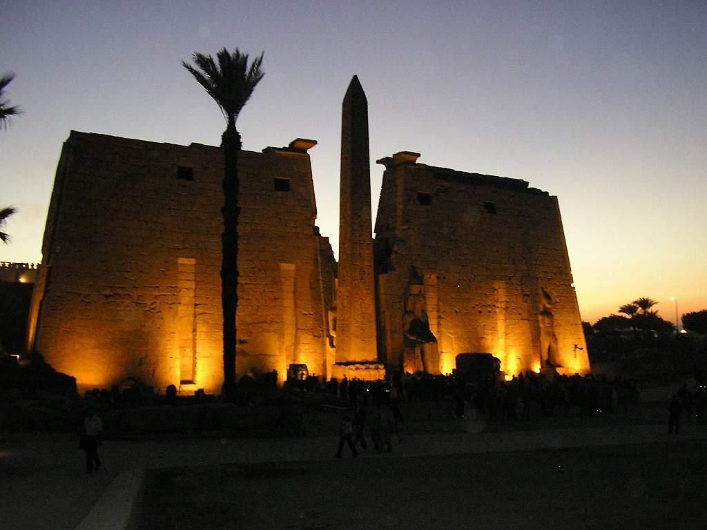 Transfer to Luxor